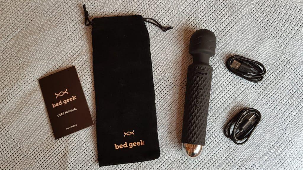 Bed Geek - a compact cordless hitachi magic wand